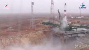 Russia lancia razzo nello spazio, rifornimenti verso Stazione Spaziale Internazionale
