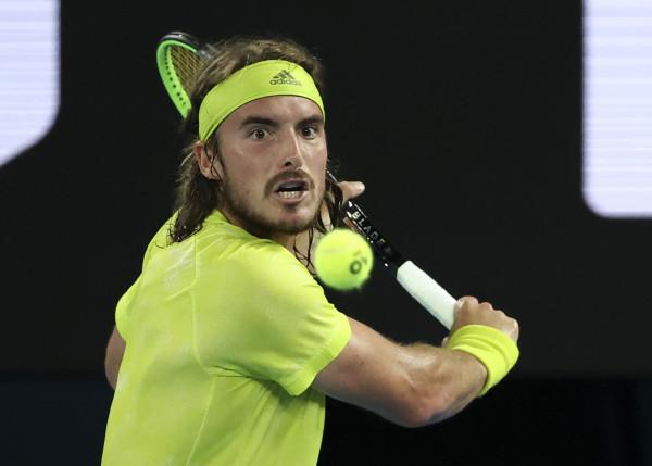 Sorpresa agli Australian Open, un super Tsitsipas fa fuori Rafa Nadal