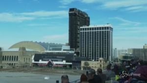 Demolito l'ex casinò Trump Plaza ad Atlantic City