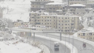 Neve nella Valle della Bekaa