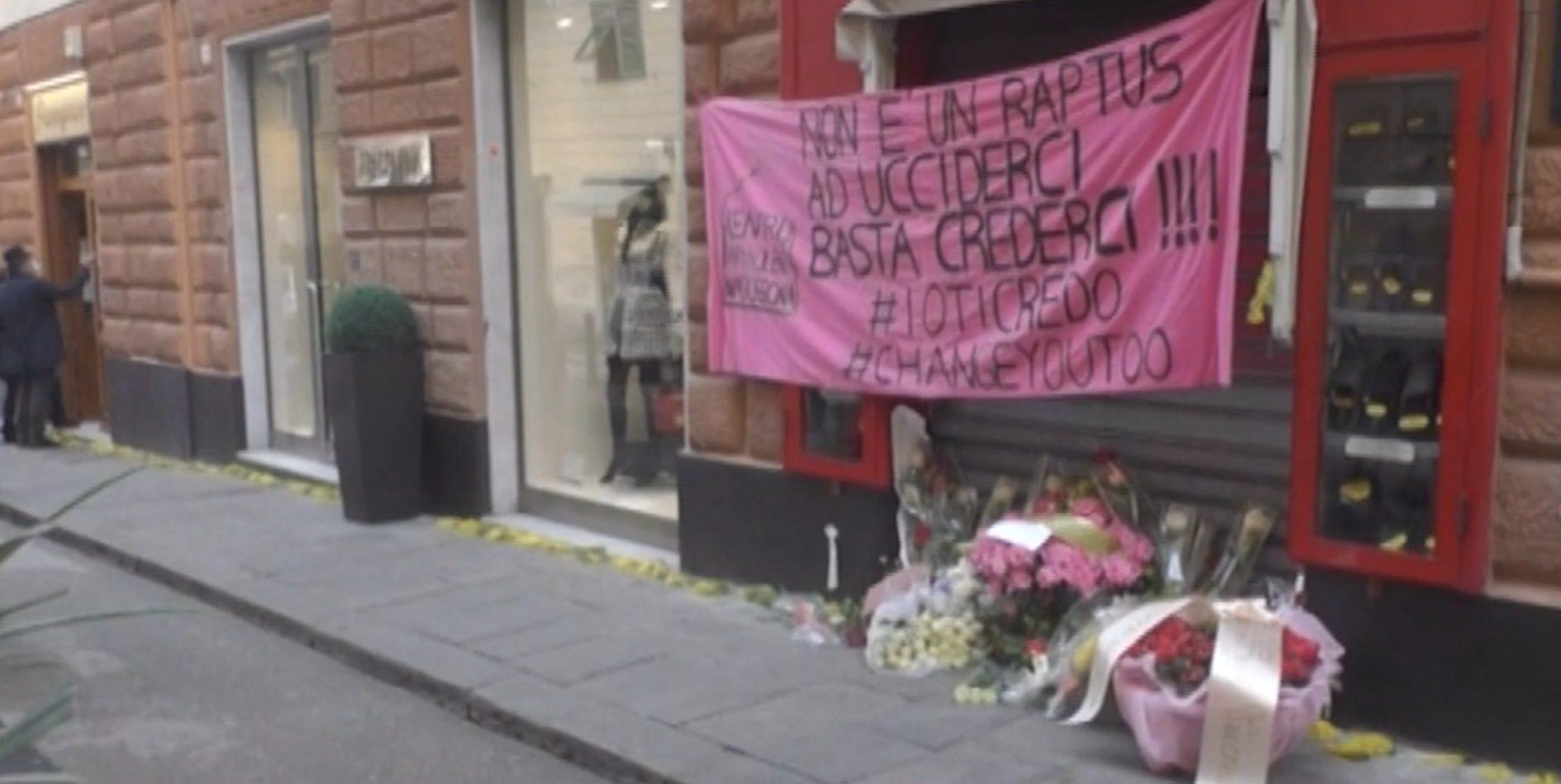 Fiori e mimose per Clara, uccisa all'interno del suo storico negozio di pantofole a Genova