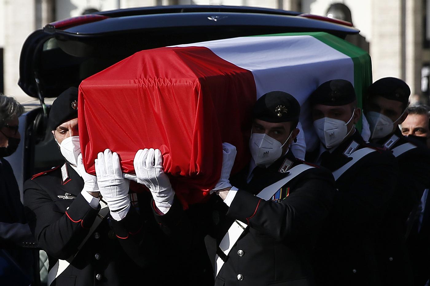 Attacco Congo: Funerali di stato per Attanasio e Iacovacci - i feretri avvolti dal tricolore