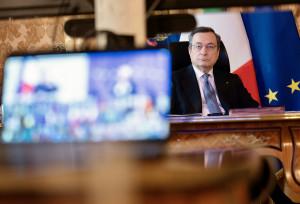 Mario Draghi partecipa alla videoconferenza dei membri del Consiglio europeo