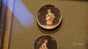 Rarissimi bottoni in miniatura in Russia