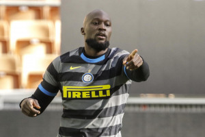 Inter e Lukaku inarrestabili: 3-0 al Genoa