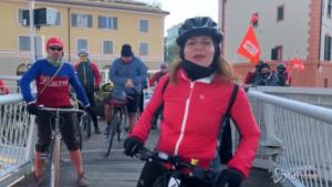 Ultima ruota a Sanremo, la caravana a pedali dei lavoratori dello spettacolo