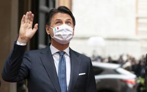 Giuseppe Conte lascia palazzo Chigi