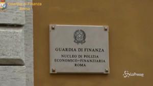Inchiesta sulle mascherine non certificate nel Lazio