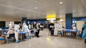 test anti-covid all'aeroporto di Cagliari