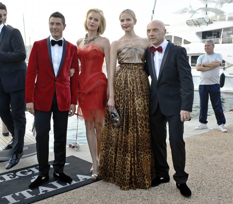 Eva Herzigova con Dolce e Gabbana, Cannes 2009