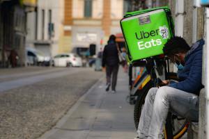 zona Navigli, Uber Eats