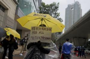 Hong Kong, maxi processo agli attivisti filodemocratici accusati di cospirazione