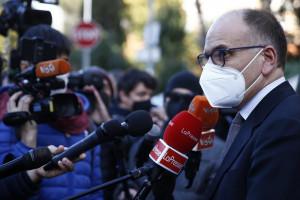 Enrico Letta rende omaggio alla lapide commemorativa del'attentato di via Fani