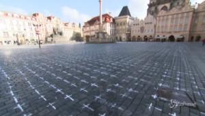 Praga ricorda le vittime con un inusuale memoriale