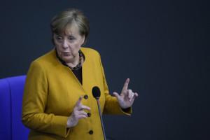 Merkel errore lockdown