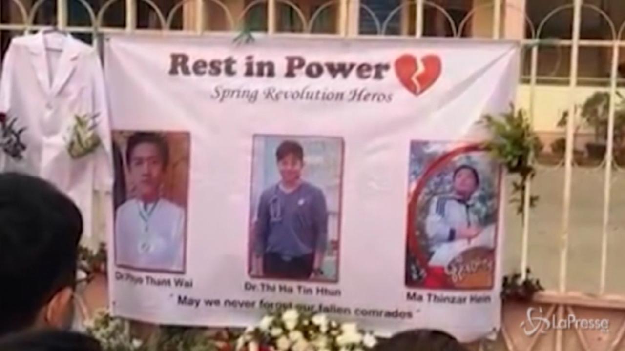 Commemorazione per i medici uccisi a Mandalay