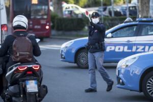 Lazio zona rossa, a Roma tornano i posti di blocco