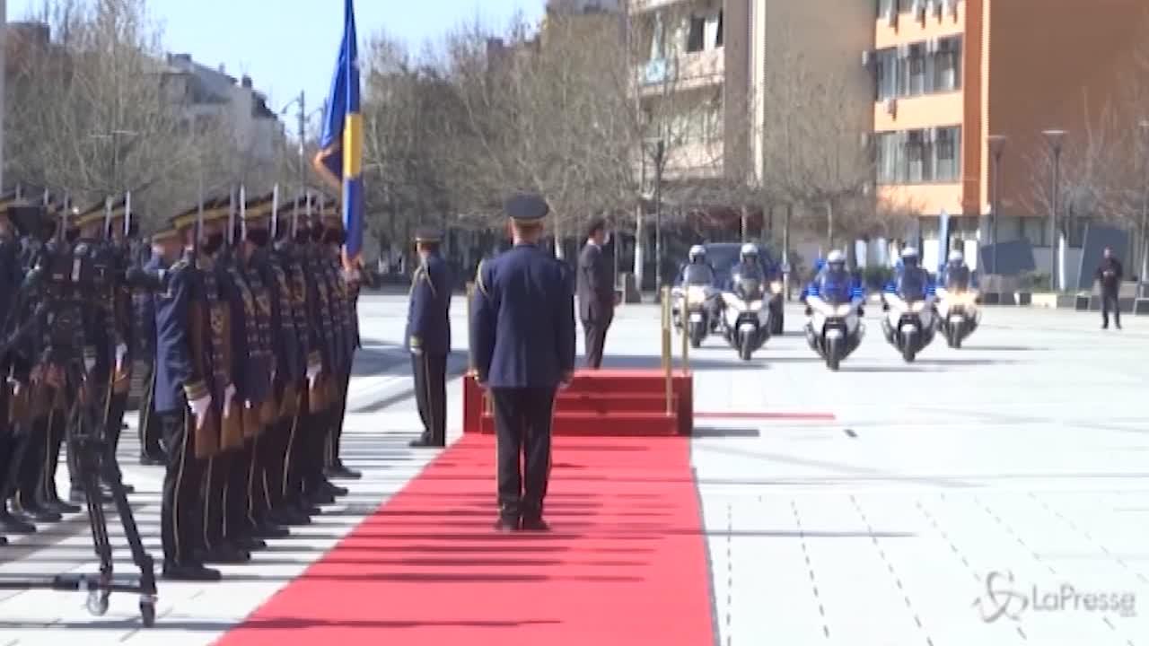 Vjosa Osmani-Sadriu si insedia al governo