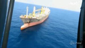 Cargo iraniano danneggiato