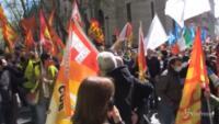 lavoratori in corteo bloccano il centro di Roma