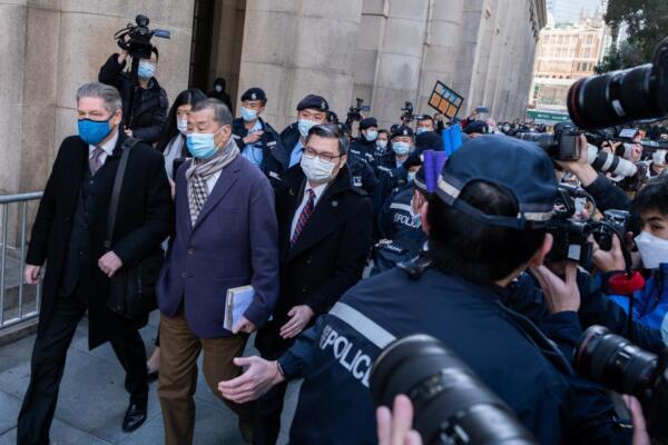 Condannati nove attivisti pro-democrazia