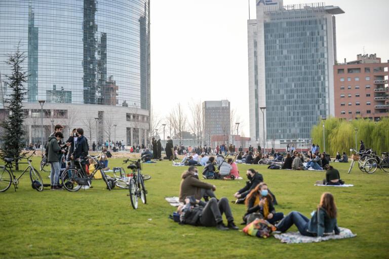 Ultimo weekend prima della zona rossa a Milano
