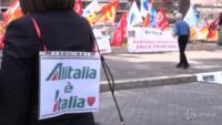 lavoratori Alitalia ancora in piazza