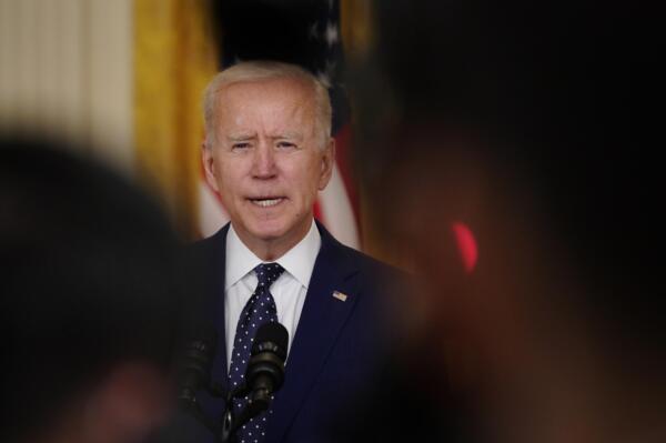 Biden impone nuove sanzioni alla Russia