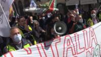 lavoratori Alitalia in piazza