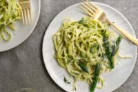 Linguine con pesto di asparagi