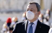 Roma, il Presidente Draghi all'Altare della Patria per le celebrazioni del 25 aprile