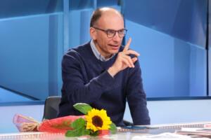Il segretario PD Enrico Letta ospite alla trasmissione Mezz'ora in più