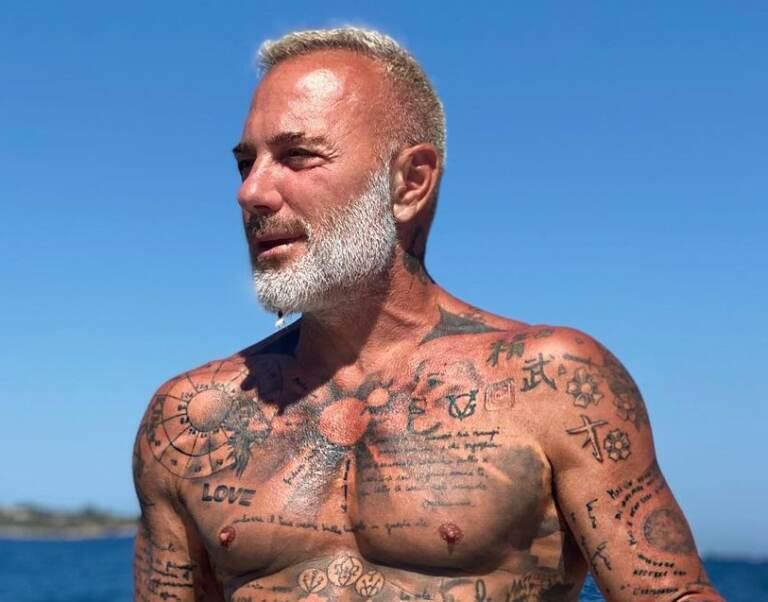 Gianluca Vacchi tatuaggi