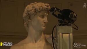 Riproduzione del David di Michelangelo a Dubai