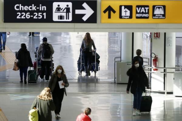 Viaggi all'estero, transito dei passeggeri all'aeroporto di Fiumicino