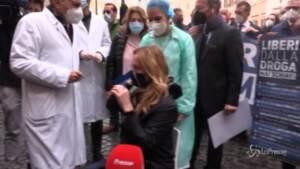 Giorgia Meloni si sottopone al test anti-droga