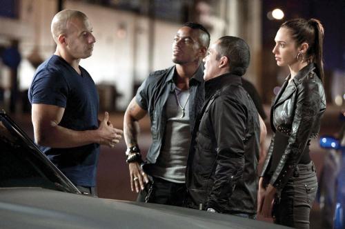 Fast and Furious 4. Vin Diesel, Laz Alonso, John Ortiz e Gal Gadot
