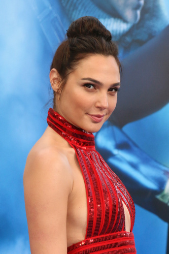 Gal Gadot alla premiere del film Wonder Woman