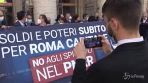 flash mob di fdi davanti a Palazzo Chigi