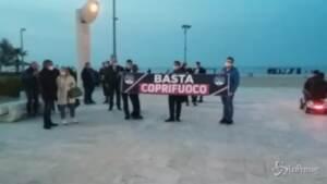 flash mob di Fratelli d'Italia per dire basta al coprifuoco
