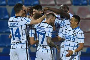 Serie A, Eriksen manda Crotone in B: Inter prepara festa Scudetto