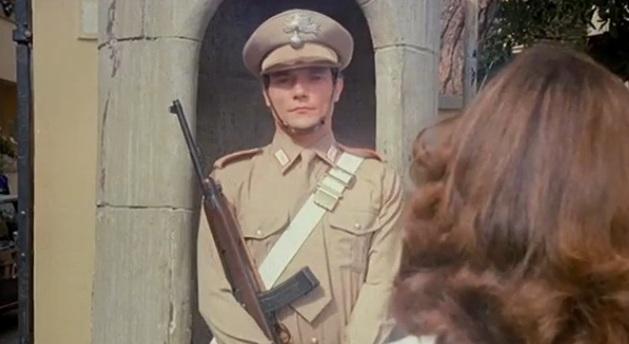 Massimo Ranieri nel film Il carabiniere del 1981