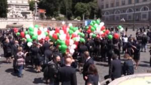 lavoratori in piazza a Roma