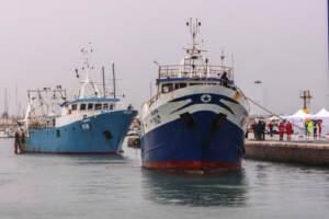 Libia, Marina Militare: Spari contro pescherecci italiani, un ferito