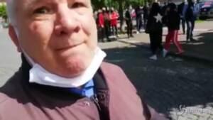 Chivasso, aggredito un giornalista durante chiusura della torteria ribelle