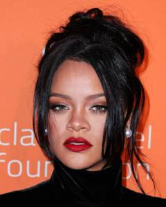 L'ente benefico di Rihanna dona 5 milioni di dollari per l'emergenza Coronavirus