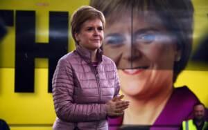 Elezioni parlamentari scozzesi 2021:Il primo ministro scozzese, Nicola Sturgeon a Dumbarton