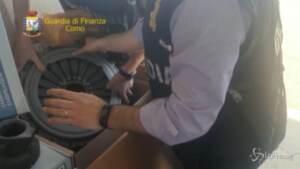 Como, sequestrata stamperia abusiva: 13mila pezzi di ricambio contraffatti