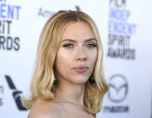 Scarlett Johansson, la prima attrice a prendere posizione contro i Golden Globe