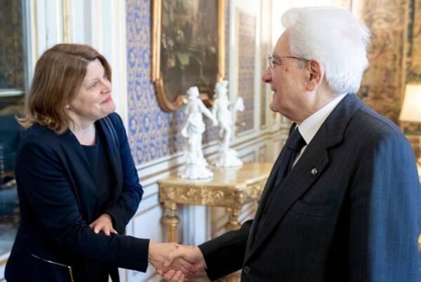 Sally Buzbee con Sergio Mattarella